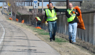 CR I-380 clean up