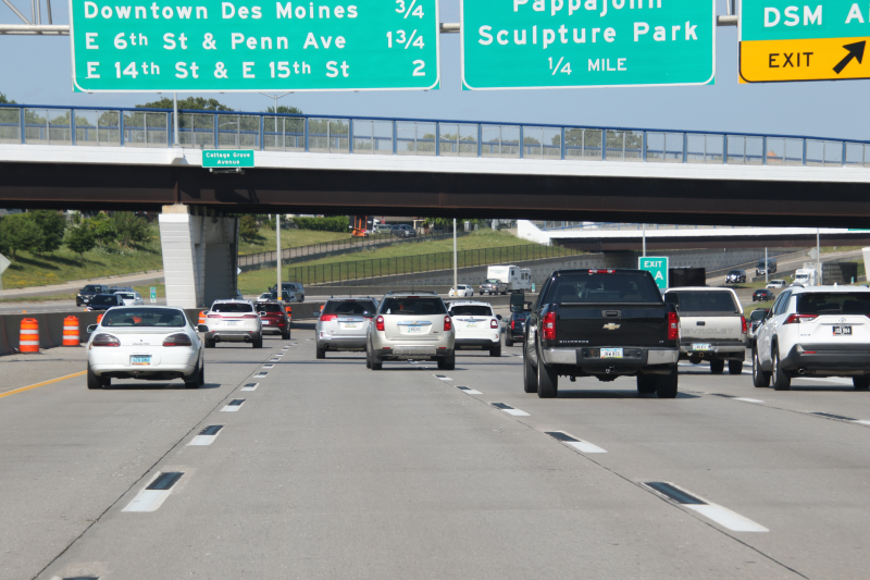 Skip dashes on I-235 in Des Moines